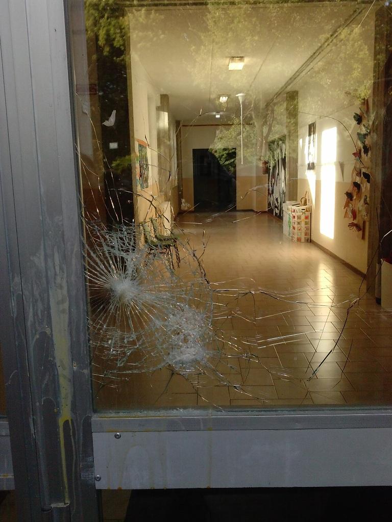 Photo of Furto all'Istituto Benedetto Bonfigli di Corciano: rotto un vetro e rubato un pc