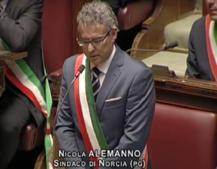 """Photo of Terremoto, Alemanno: """"Abbiamo subìto un cataclisma, ora dobbiamo fare presto. No alla burocrazia"""""""