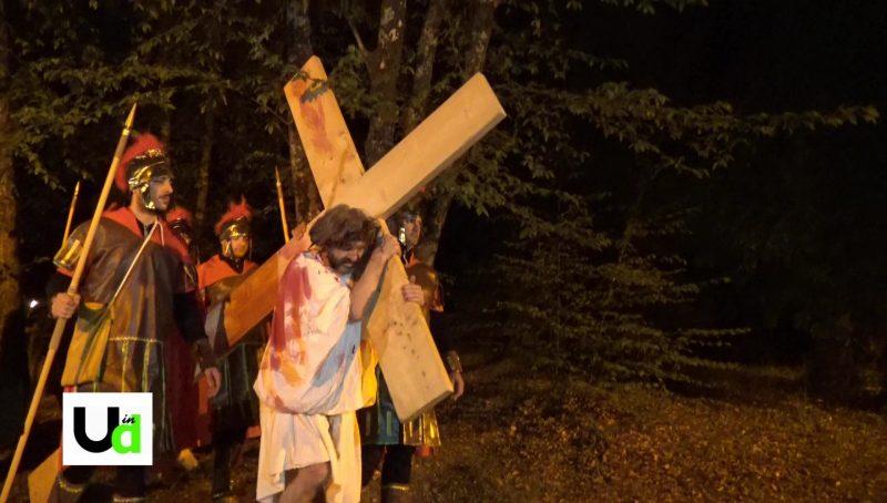 Photo of Via Crucis a Marmore: suggestione e commozione per la rievocazione storica