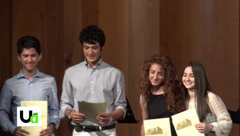 Photo of Terni, ecco le eccellenze del liceo classico. Tra loro i ragazzi vincitori al G7 young
