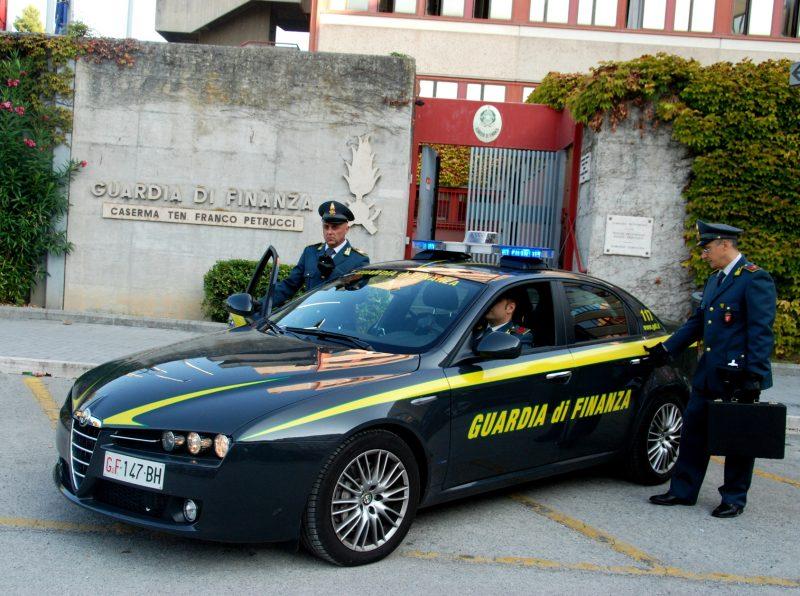 Photo of Società di vigilanza evade l'Iva per un milione di euro: scatta un maxi sequestro