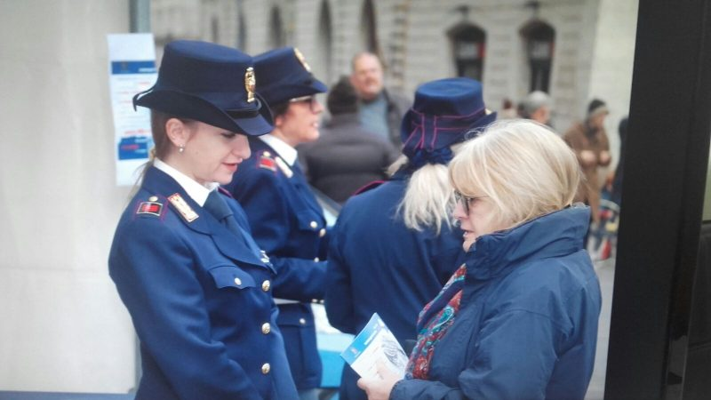 """Photo of """"Questo Non È Amore"""": la polizia in piazza anche a Terni contro la violenza sulle donne"""