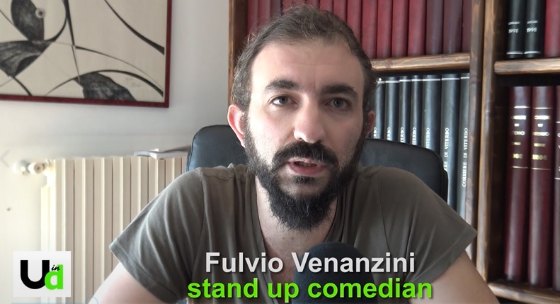 Photo of Fulvio Venanzini, stand up comedian emergente, si presenta