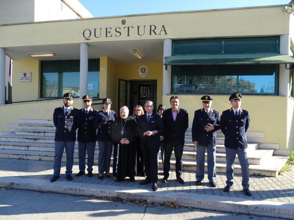 Photo of Terni, il vescovo Piemontese visita la Questura e la Prefettura