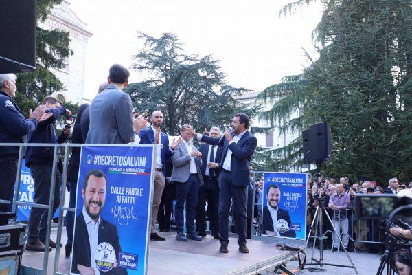 """Photo of Salvini lancia Donatella Tesei: """"Ecco la futura presidente della Regione"""""""