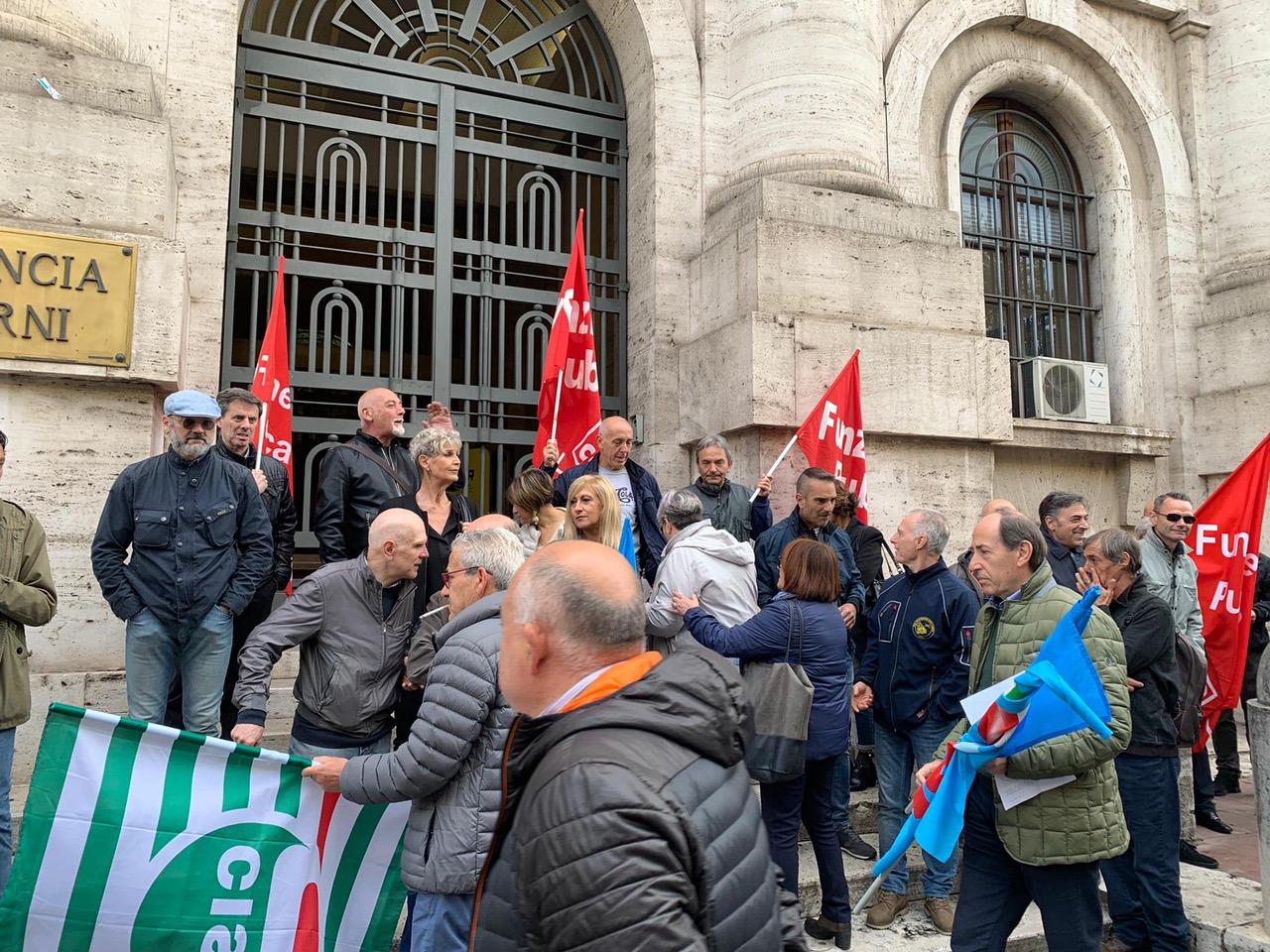 """Photo of Terni, i sindacati Pmal ricevuti dal prefetto: """"Altri 384 posti di lavoro in bilico"""""""