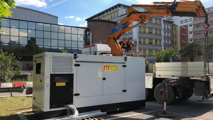 Photo of Ospedale di Terni, ieri primi lavori installazione nuovo generatore