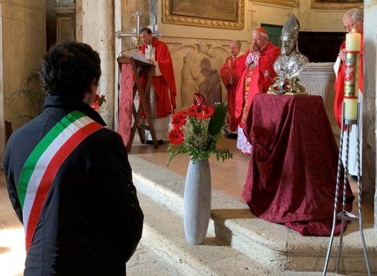 """Photo of Sant'Ercolano, il cardinale Bassetti: """"Imitiamo i giganti della santità"""""""