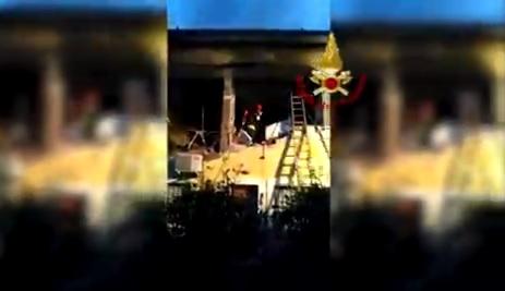 Photo of Esplosione nella palazzina a Terni: sono stazionarie le condizioni di due feriti