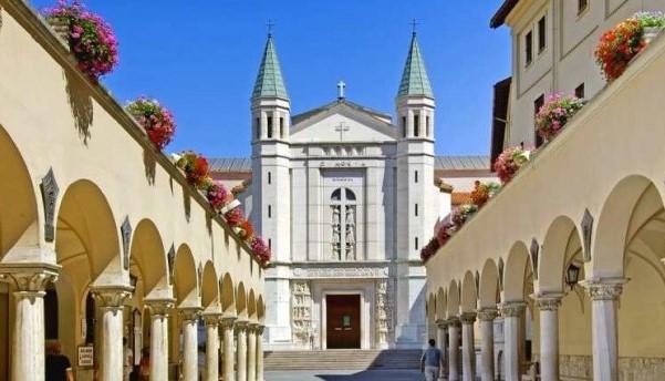 Photo of Cascia, 1° maggio: dal monastero di Santa Rita la preghiera per i lavoratori