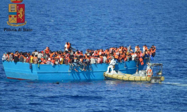 """Photo of Terni, 19 migranti si allontanano dalla struttura che li ospita. La Lega: """"Polizia lasciata sola"""""""