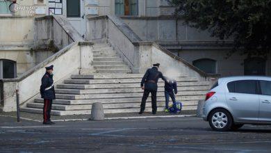 Photo of Carabinieri tra gli studenti ternani per sensibilizzarli sull'uso della mascherina
